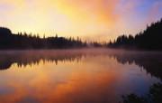 大自然纯朴之美 暮色茫茫 暮色映照的河流壁纸图片壁纸 大自然纯朴之美 风景壁纸