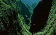 上帝之眼 扬恩 亚瑟 Yann Arthus Bertrand 空中摄影奇景壁纸法国篇 鸟瞰法国 留尼旺岛峡谷图片壁纸 上帝之眼空中摄影奇景法国篇 风景壁纸