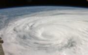 探索地球家园 令人惊叹的NASA地球日壁纸集 飓风艾克 Ike Comes Ashore 壁纸下载 探索地球家园令人惊叹的NASA地球日壁纸集 风景壁纸