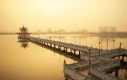 Windows 7世界名胜高清壁纸 亚洲篇 台湾高雄 莲池潭 Lotus Lake in Kaohsiung Taiwan Windows 7世界名胜高清壁纸亚洲篇 风景壁纸