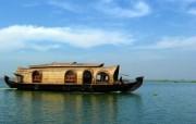 Windows 7世界名胜高清壁纸 亚洲篇 印度 库玛拉孔水上船屋 Houseboat on the Kumarakom Backwaters Karala India Windows 7世界名胜高清壁纸亚洲篇 风景壁纸
