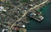 上帝之眼 Yann Arthus Bertrand 扬恩 亚瑟空中摄影奇景壁纸北美篇 鸟瞰洪都拉斯 被米奇飓风破坏的村庄图片壁纸 扬恩・亚瑟空中摄影奇景 北美篇 风景壁纸