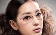 迷人电眼眼镜美女模特高清壁纸 壁纸2 迷人电眼眼镜美女模特 广告壁纸