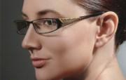 迷人电眼眼镜美女模特高清壁纸 壁纸6 迷人电眼眼镜美女模特 广告壁纸