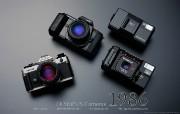 1986年的奥林巴斯古董相机 Olympus Cameras in 1986 Olympus 奥林巴斯70年经典相机壁纸上辑 广告壁纸