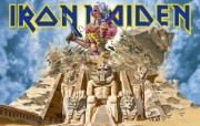 Iron Maiden 重金属乐队专辑插画壁纸 Somewhere Back inTime Iron Maiden 重金属乐队插画壁纸 Iron Maiden 重金属乐队专辑插画壁纸 绘画壁纸