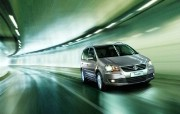 大众途安 Volkswagen Touran 2011 壁纸3 大众途安(Volks 静物壁纸