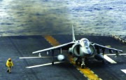 AV 8B战机 Mi 17直升机壁纸 壁纸14 AV8B战机 Mi 军事壁纸
