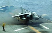 AV 8B战机 Mi 17直升机壁纸 壁纸16 AV8B战机 Mi 军事壁纸