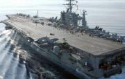 海上巨无霸 航母 海上巨无霸航母 军事壁纸