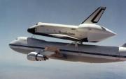 航天飞机坐飞机精彩壁纸 汽车壁纸