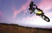 越野摩托赛 汽车壁纸