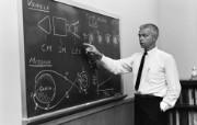One Giant Leap for Mankind John C Houbolt 月球轨道交会登月方法的提出者 阿波罗11号登月40周年纪念壁纸 人文壁纸