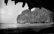 纯粹的光影美学 人文建筑黑白摄影壁纸 Maya Beach Phuket 普吉岛玛雅海滩桌面壁纸 纯粹的光影美学人文建筑黑白摄影壁纸 人文壁纸