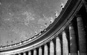 纯粹的光影美学 人文建筑黑白摄影壁纸 Bernini s Piazza Rome 罗马贝尔尼尼广场桌面壁纸 纯粹的光影美学人文建筑黑白摄影壁纸 人文壁纸