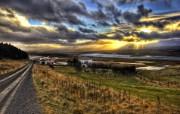 日落下的农场 Iceland 冰岛风光壁纸 The Farm on the Fjord at Sunset HDR 冰岛风光宽屏壁纸 人文壁纸