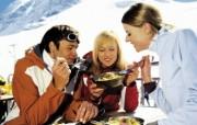 滑雪圣地 阿尔卑斯山度假壁纸 滑雪场用餐图片壁纸 滑雪圣地阿尔卑斯山度假壁纸 人文壁纸