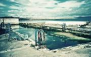 Lomography LOMO摄影 城市角落 废弃的游泳池 Lomo 随拍 Lomo风格宽屏壁纸 LOMO随拍城市街景 人文壁纸