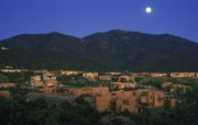 文化之旅 地理人文景观壁纸精选 第一辑 Moonrise Over Santa Fe New Mexico 新墨西哥 圣达菲月色图片壁纸 文化之旅地理人文景观一 人文壁纸