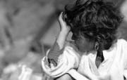 贫困战火童年 1 14 贫困战火童年 人物壁纸
