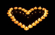 1920x1200 祝福的烛光 纪念汶川地震 烛光拼出心形 心形烛光图片 1920 1200 1920x1200 祝福的烛光壁纸 摄影壁纸