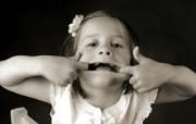 黑白儿童摄影 可爱小女孩图片壁纸 爱与纯真可爱婴儿儿童摄影壁纸 摄影壁纸