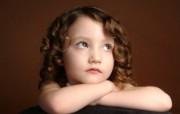 可爱儿童摄影 白日梦小女孩图片壁纸 爱与纯真可爱婴儿儿童摄影壁纸 摄影壁纸