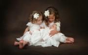 可爱婴儿摄影 可爱三姐妹图片壁纸 爱与纯真可爱婴儿儿童摄影壁纸 摄影壁纸