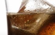 冰凉夏日酒香 酒水饮品高清摄影 夏日饮料 可乐冰块图片 冰凉夏日酒香酒水饮品高清摄影 摄影壁纸