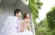 新娘新郎 花园里的婚礼图片 花园里的白色婚礼婚纱摄影壁纸 摄影壁纸