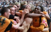 英超 2009 10赛季 Wolverhampton Wanderers 狼队壁纸 Andy Keogh celebrates his winner against Derby at Pride Park 200910赛季 Wolverhampton Wanderers 狼队壁纸 体育壁纸