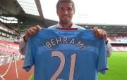 英超联赛球队 Valon Behrami桌面壁纸 官方West Ham United 西汉姆壁纸 体育壁纸
