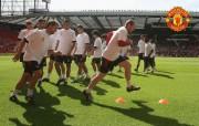 英超联赛球队 官方Manchester United Rooney桌面壁纸 红魔曼联壁纸 备战训练 体育壁纸