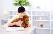 美女和宠物 系统壁纸